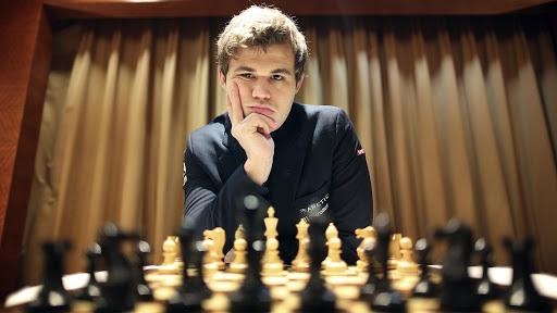 Carlsen – Nakamura (6. meccsnap győztese az első 4 játszma után) H 1,90